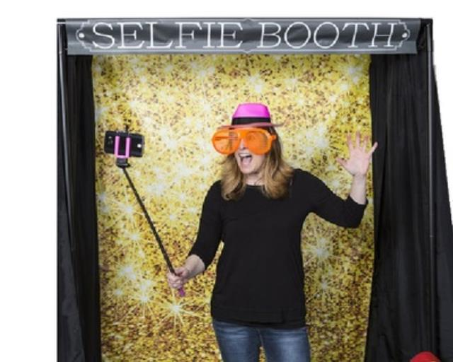 Where to find Selfie Booth in Virginia Beach